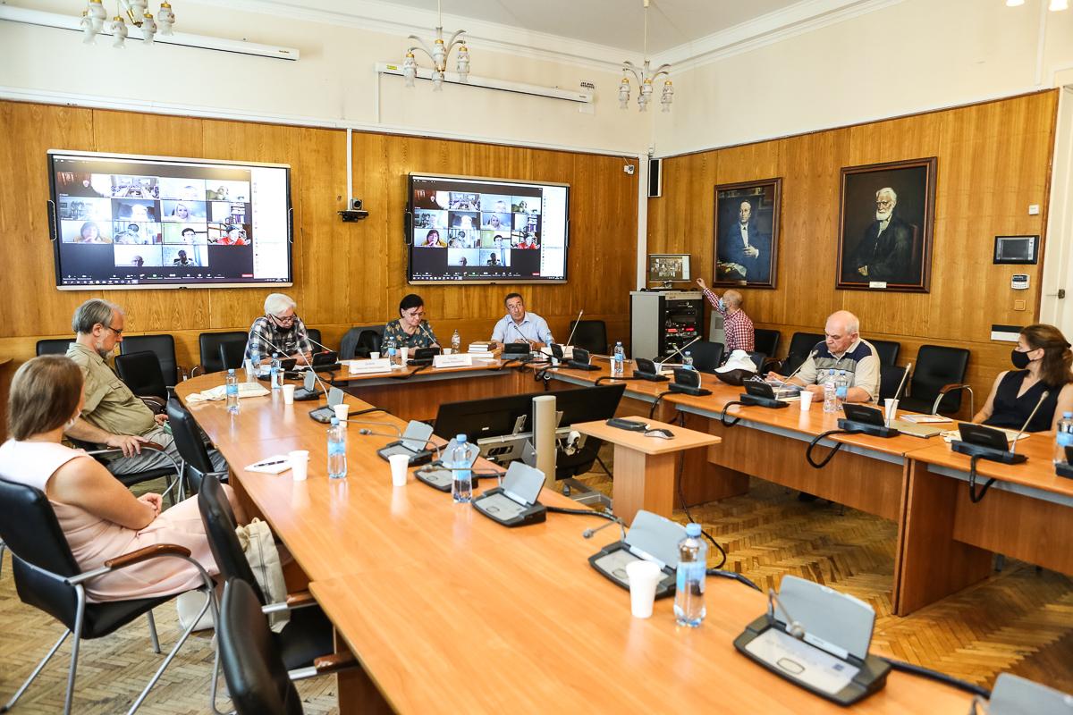 В Университете обсудили проблемы источниковедения и историографии стран Азии и Африки