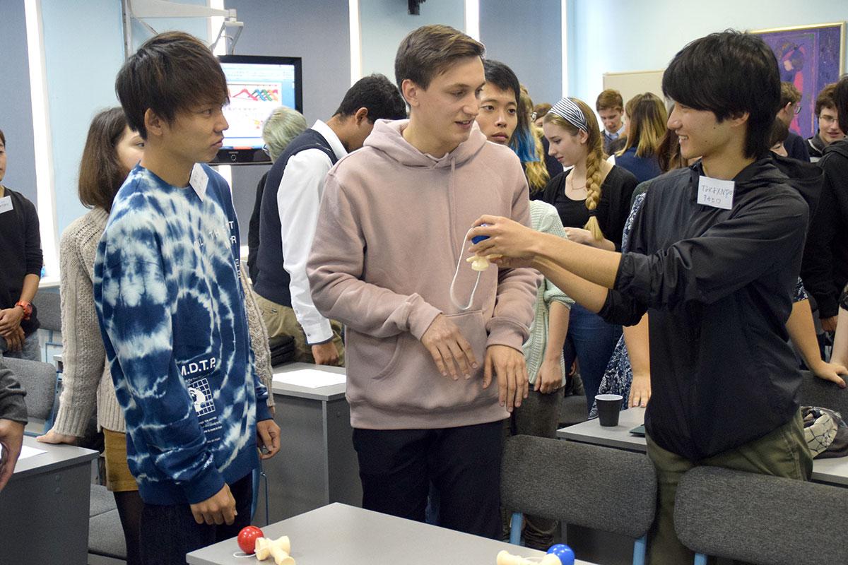 Студенты СПбГУ налаживают дружеские связи с японскими коллегами