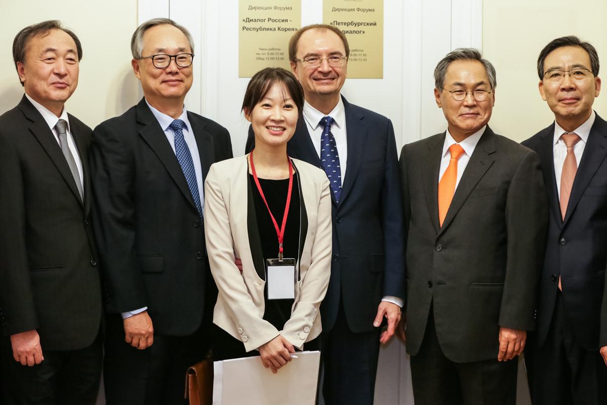 The first in Europe school of Korean studies: SPbU