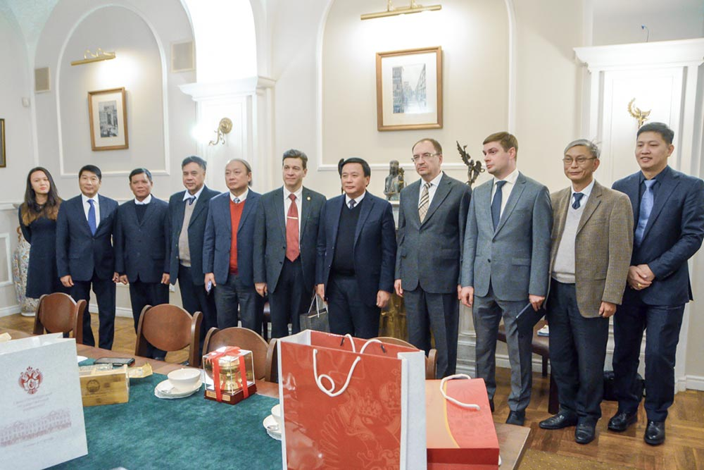 St Petersburg University strengthens cooperation with partners from Vietnam