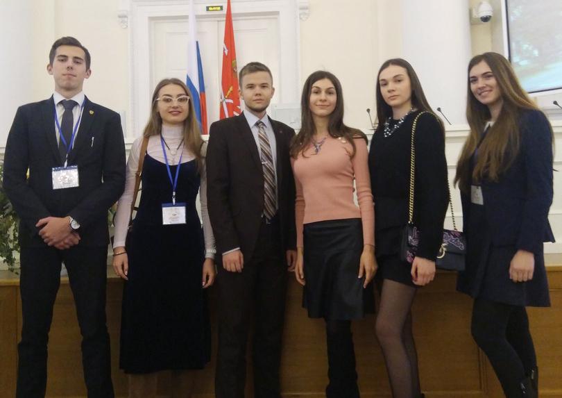 Поздравляем Евдокию Калганову и Антона Шахигулина!