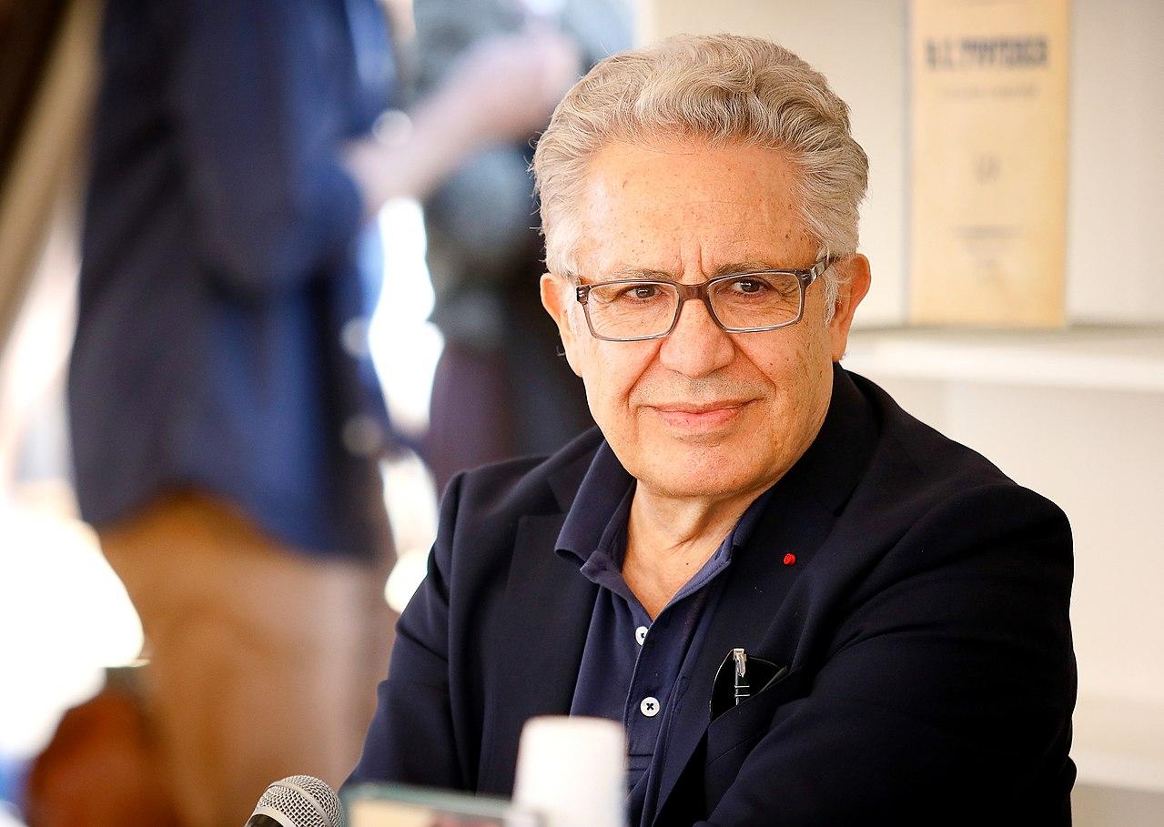 Встреча с турецким писателем и музыкантом Зульфю Ливанели
