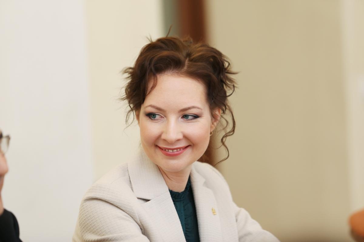 Доцент Аполлинария Аврутина успешно защитила докторскую диссертацию в онлайн-формате
